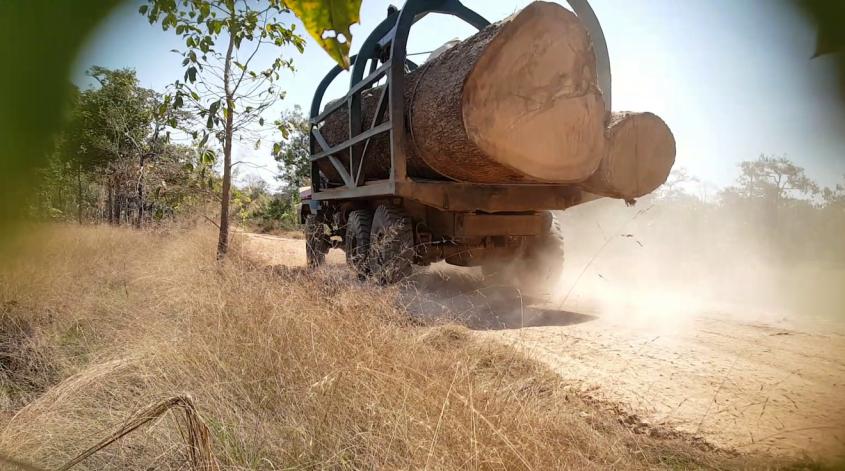 Traktor in Kabotscha png